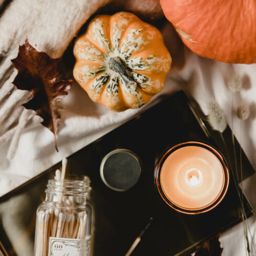 P.F. CANDLE CO. SPICED PUMPKIN SCENTED CANDLE